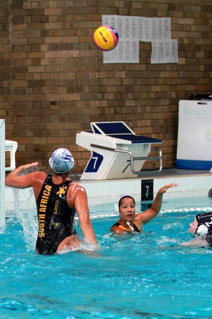 SA u18 Water Polo girls at TriNations Australia 2013