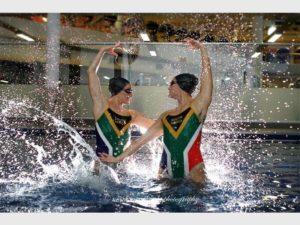 Laura & Emma FINA Champs