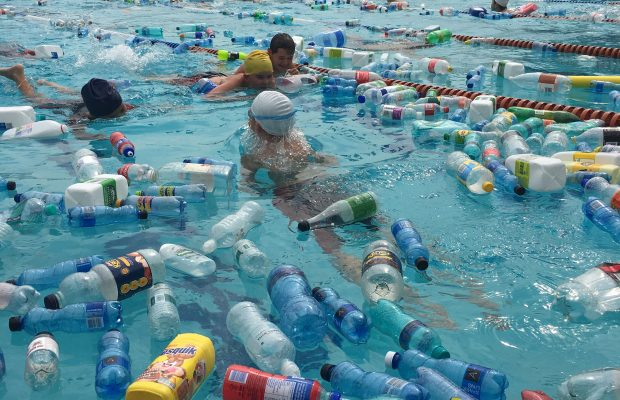 1_dainfern-college-prep-pupils-swimming-through-plastic-bottles-620x400