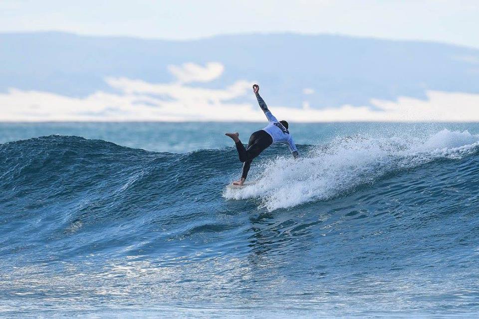 surfing longboarding