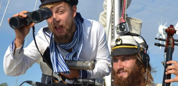 Two Sailing Conductors & a Mantis